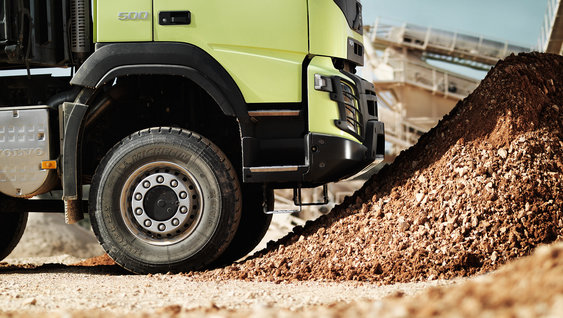 Tough, easy-to-fix front bumpers prolong the uptime of the truck
